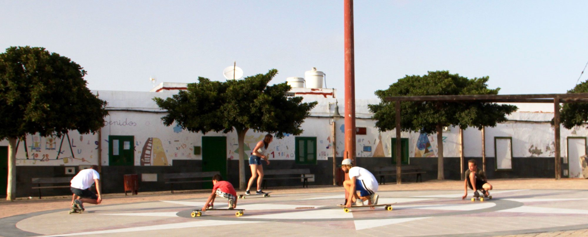 Skate-Lessons for families with the Longboard Champion Carl Foelster