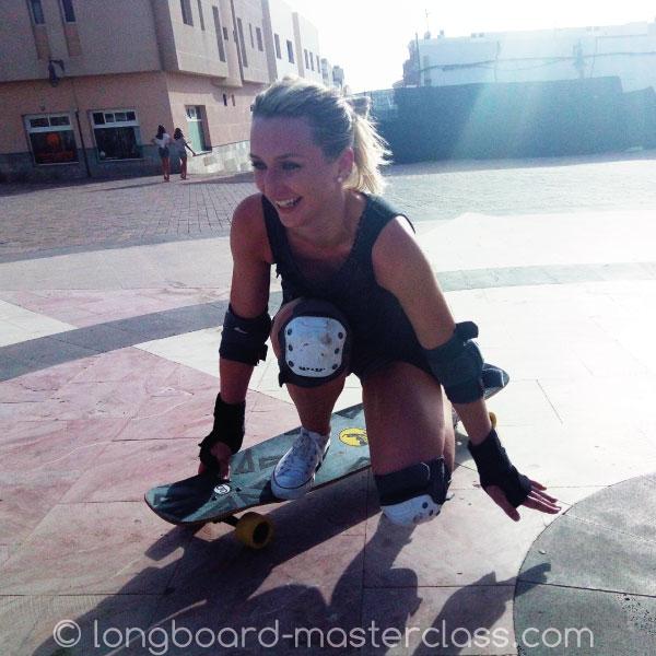 Erste Schritte beim Longboarden lernen im Anfängerkurs Flensburg