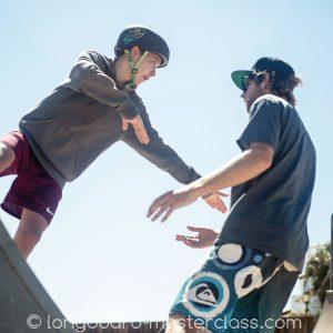 Skatekurs für Longboard Kinder im Skatepark Dresden.