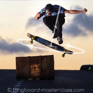Wie man mit dem Longboard in die Luft springt wird hier im Skatekurs für Fortgeschrittene in Innsbruck trainiert